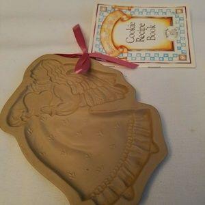 1987 Brown Bag Cookie Mold ANGEL NEW